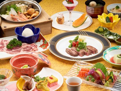<お食事処一例>和風のコース料理を大正ロマン風の会場で!