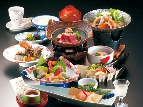 能登の伝統芸能「御陣乗太鼓」ショーを見ながらお食事を♪ 味わくの北陸 会席料理プラン