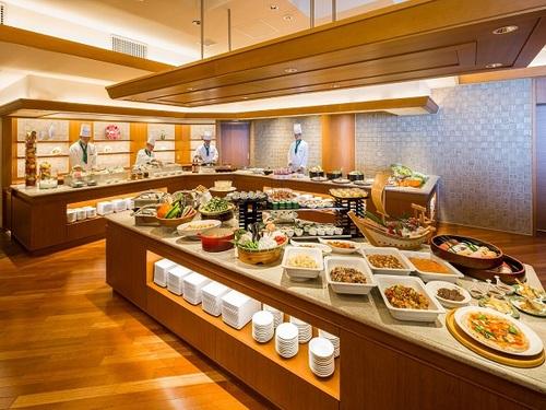 ≪一番人気≫ 実演が充実♪和洋中の料理を楽しむ◇お泊りディナーブッフェプラン