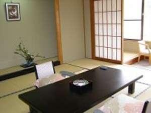【平日限定・部屋食】源泉入りオリジナル地酒「榊の雫」を味わおう♪ 【夢の館】
