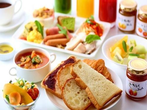 ご家族・グループ旅行におすすめ!【日別プラン】<朝食和洋バイキング付>