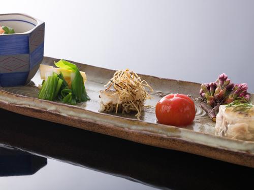 【日本料理 -松風-】平日限定★懐石ディナー&50種以上の朝食ブッフェ