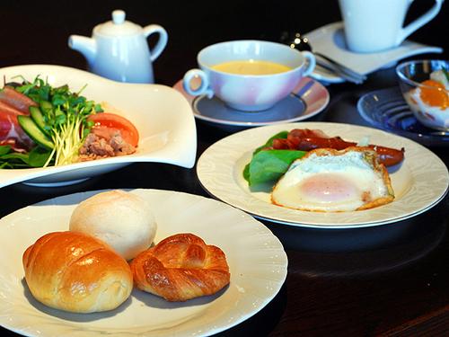 【和洋選べる朝食付】貸切温泉とおいしい旅館の朝食を味わう休日
