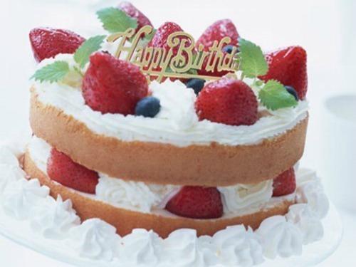 ◎【ハッピーアニバーサリー】誕生日・結婚記念日などにおススメ♪パティシエ特製ケーキ付+バイキング◎