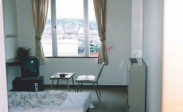 駅近2分■ツインルーム素泊まりプラン  ☆【ご当地キャラ応援!】お値打ちプライス☆