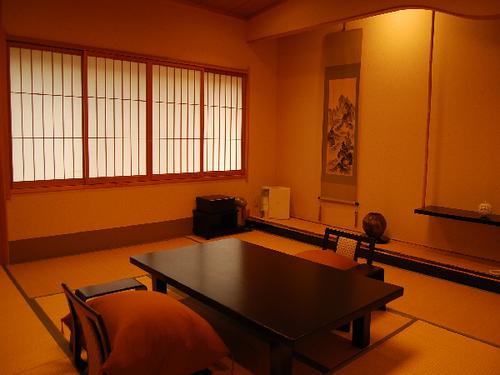 『露天風呂付和室』 高千穂の自然を感じる陶器露天風呂と、和の安らぎ溢れる客室を楽しむ