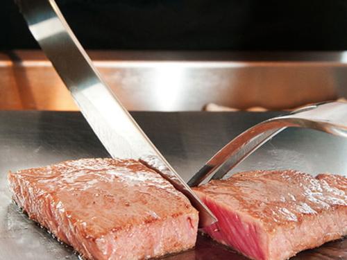 【期間限定】日本一の和牛〜高千穂牛〜「ヒレ」&「サーロイン」ステーキ食べ比べプラン