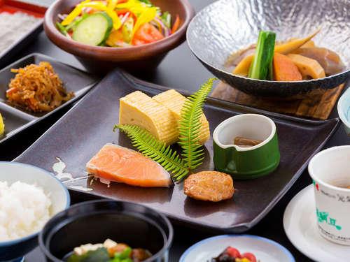 【一泊朝食プラン】〜朝ごはんはワンちゃんとホテルでゆっくりと♪〜≪人気の和定食付≫