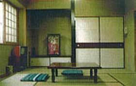 和室8畳 バストイレ無し◆真岡駅から徒歩7分。真岡団地迄車で10分!駐車場目の前無料。共同浴場有り