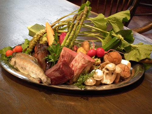 【松阪牛!】グレードアップ料理+松阪牛料理付★絶品のお肉をご堪能あれ♪