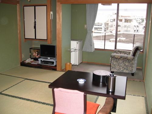 JR西千葉駅から徒歩3分!閑静な住宅街に位置する落ち着いた和風旅館 お気軽素泊まりプラン♪