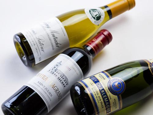 【ルームサービスディナー】フレンチフルコースディナー+選べるハーフボトルワイン付きプラン