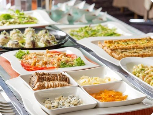 【スタンダード】1泊朝食付◆遅いチェックインもOK(24時迄)◆軽井沢高原を満喫プラン