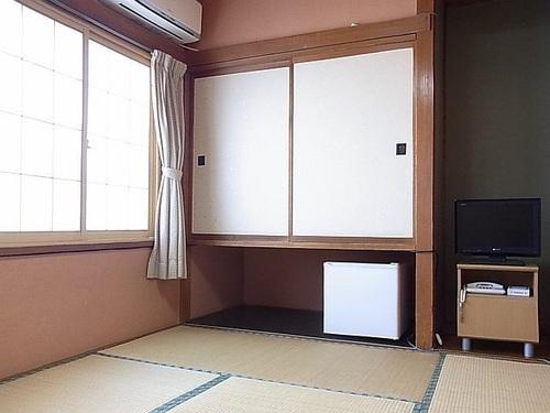 シンプルステイ☆天然温泉貸切無料【素泊まり】<和室6畳間>