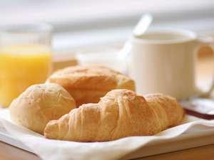 朝食無料サービス 明るいお部屋◆JR勝田駅西口すぐ隣◆ お値打ちプライス☆