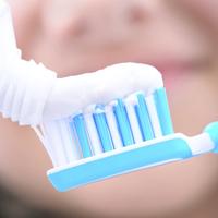 【最強はどれ?】徹底比較!ホワイトニング効果があるおすすめの歯磨き粉7選