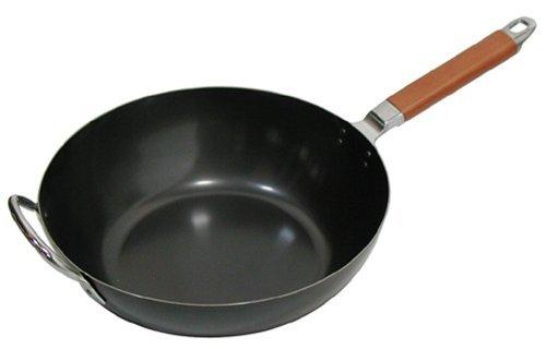 サイズ:直径30×高さ16cm 重量:1.35kg 材質:本体/鉄(クリヤラッカー塗装) 持ち手/天然木 熱源:全般