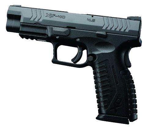 全長:230mm 重量:745g 装弾数:27発
