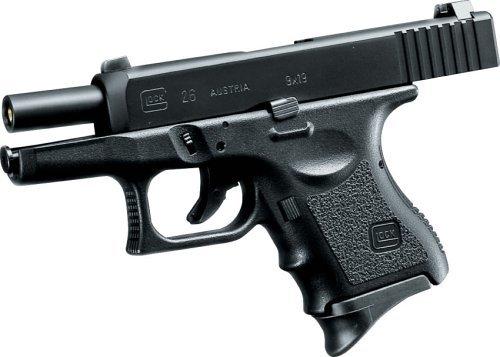 全長:165mm 重量:570g 装弾数:16発