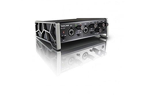 ・パソコンとの接続端子:USB2.0 ・音声の入力端子:コンボ端子2 ・音質:24bit/96kHz