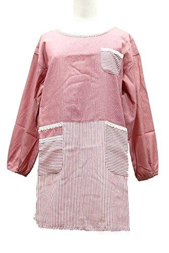 タイプ:割烹着型 ポケット:3つ(サイドと胸) 素材:綿×ポリエステル サイズ:身丈68㎝・幅110㎝