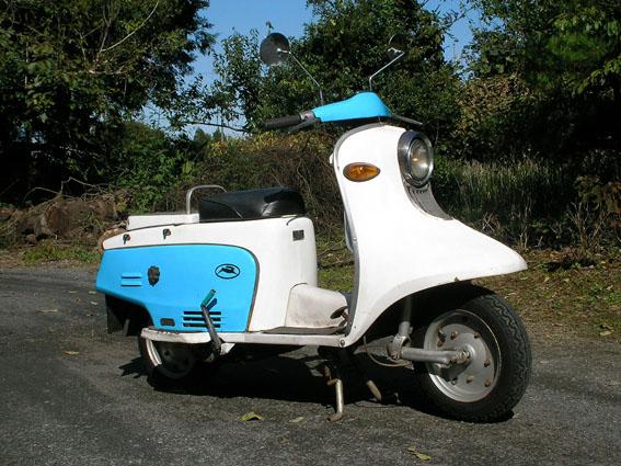 これもウサギ。富士重工(スバル)のラビットスクーター!(出典:http://www.geocities.jp/tensinok