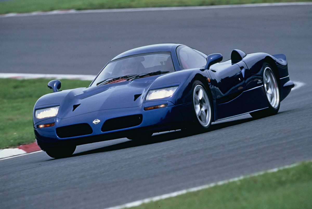 出典:http://gtspirit.com/2016/03/06/remarkable-cars-nissan-r390-gt1/