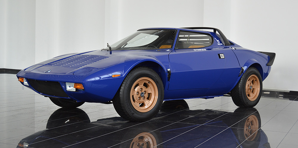 出典:https://www.classicdriver.com/en/cars/lancia/stratos?make=170&model=1476&search_type=advanced&page=1