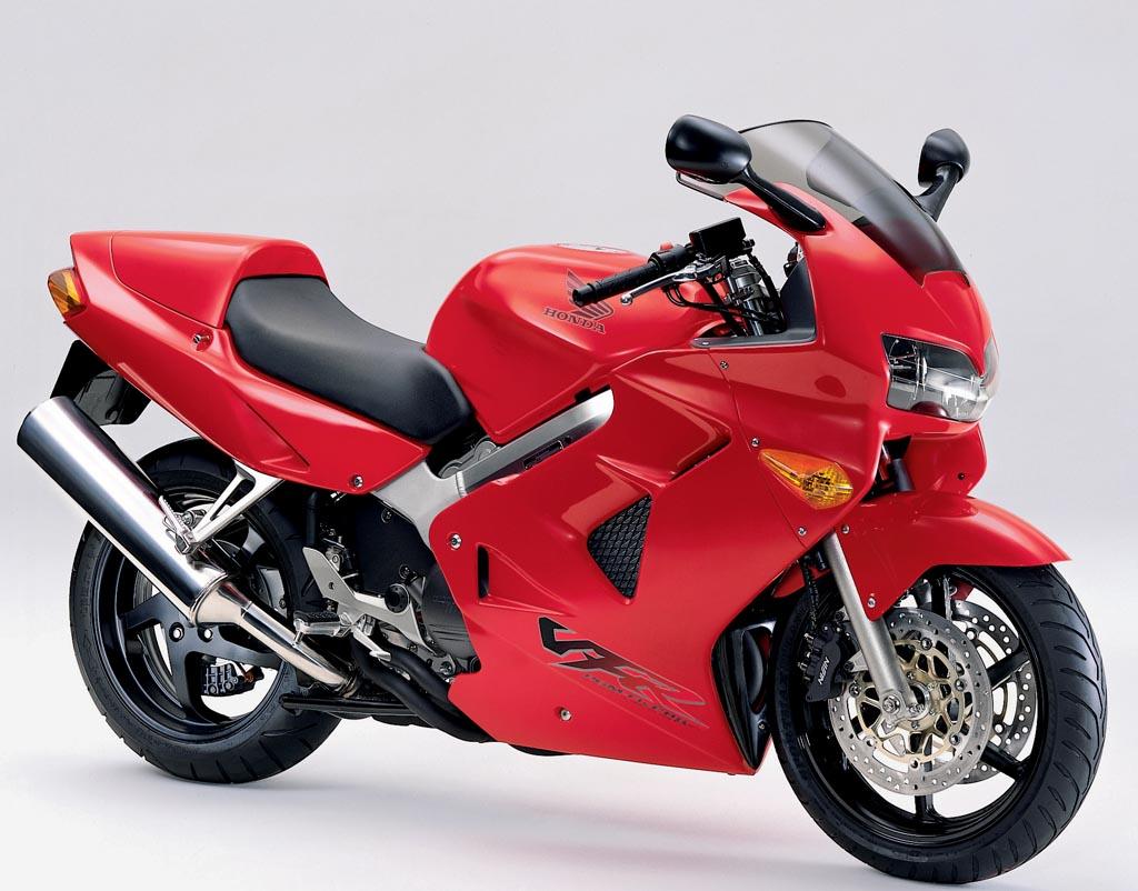 1998~2001年のVFR800F(出典:http://www.motorcycledaily.com/)