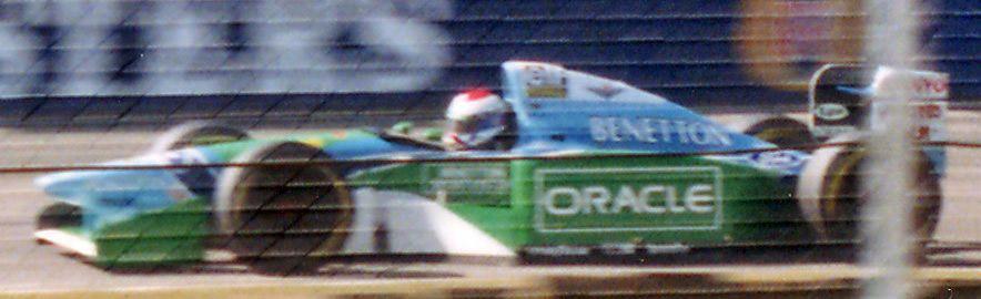 父、ヨスが乗ったベネトンB194(1994年)出典:https://ja.wikipedia.org/wiki/