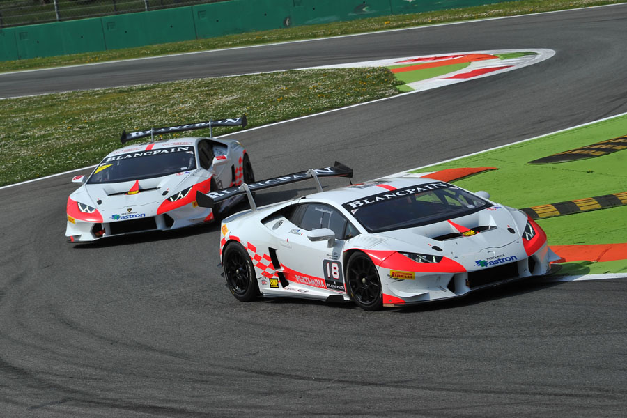 出展:www.vs-racing.com