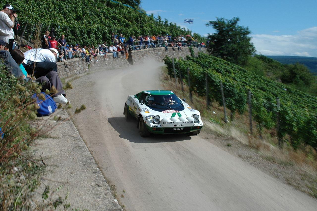 https://ja.wikipedia.org/wiki/ランチア・ストラトス#/media/File:Lancia_Stratos_-_2007_Rallye_Deutschland.jpg
