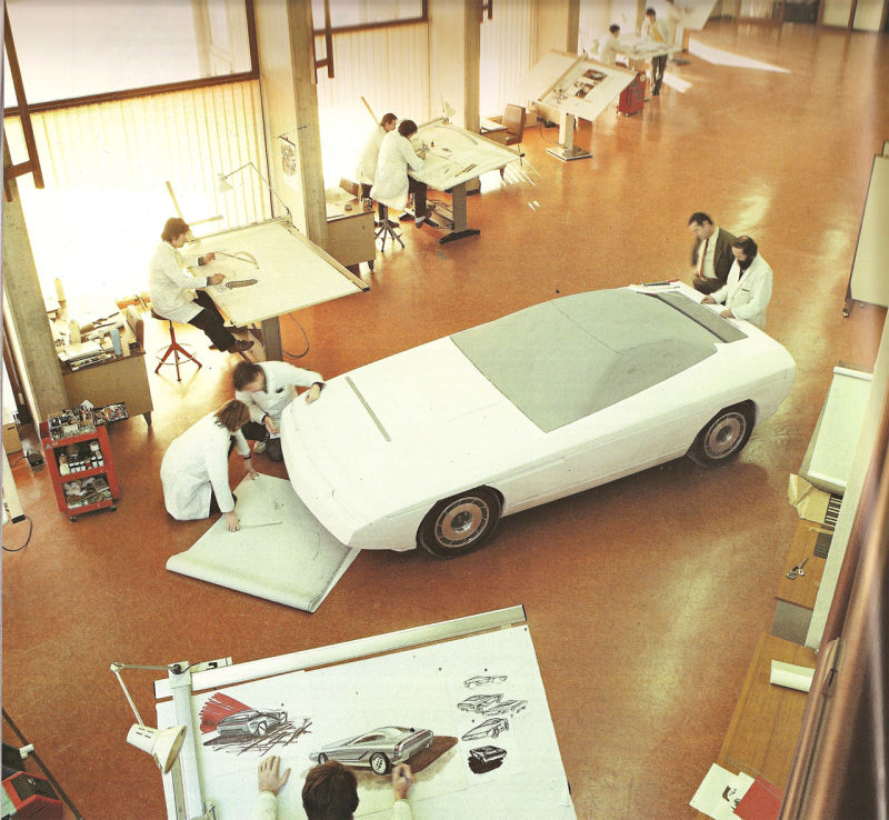 出典:http://kinja.roadandtrack.com/the-fall-of-the-house-of-bertone-1653341869
