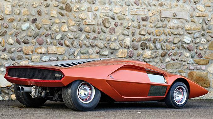 出典:http://www.windingroad.com/articles/news/ten-of-the-greatest-designs-from-marcello-gandini/