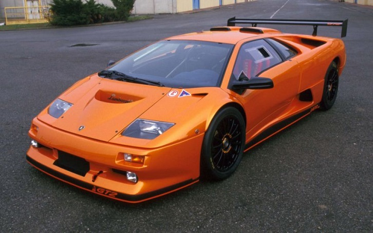 出典:https://caberz.wordpress.com/2012/04/08/lamborghini-diablo-limited-edition-cars/