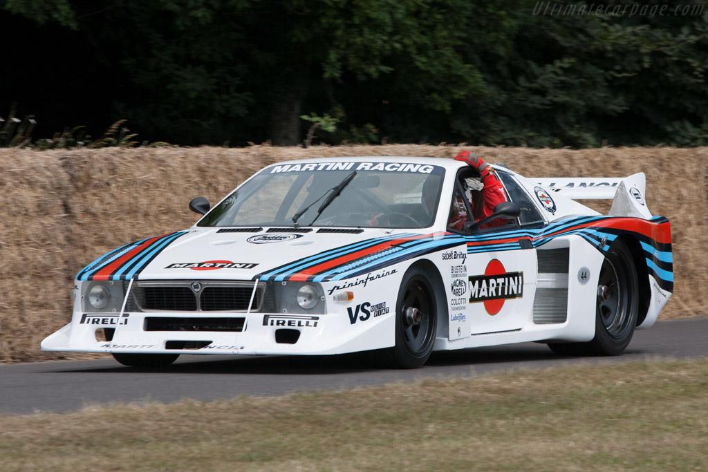 出典:http://tech-racingcars.wikidot.com/lancia-beta-monte-carlo