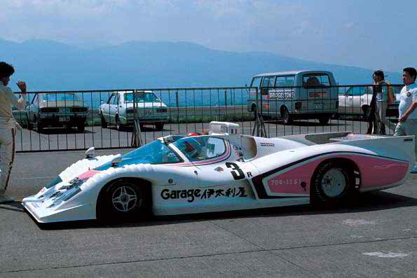 出典:http://www.supercars.net/blog/1977-mooncraft-shi-den-2/
