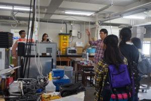実験室を見せてくれた教員もいました!お話の中には研究室で行っている研究内容や、所属学生の卒業先など皆さんの気になる情報がたくさん。