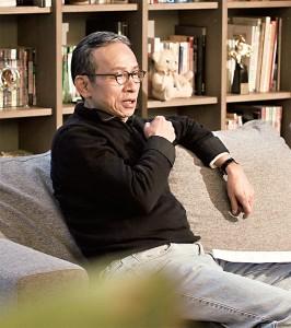 吳念真 多元身分,導演、作家、編劇、演員。創作的國民 戲劇《人間條件》系列,以不同年代的台灣背景, 點出小人物生活與心情。執導的國民經典舞台劇 《人間條件》系列近期改編成漫畫,突破舞台劇的 侷限,保留真情真意。