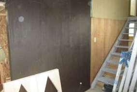 壁も塗りました。