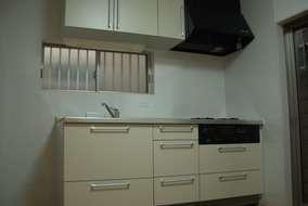 キッチン改修後になります。