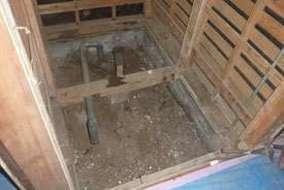 WC床下配管部分