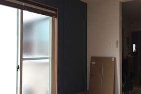 クロスはアクセントでお客様が選ばれてかなりいい感じの若夫婦のお部屋になりました!