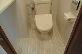 トイレもこんな感じになってます。