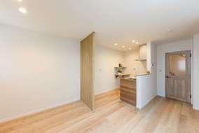 キッチンには棚もあるので植物を置いたり、調味料を置いたり便利に使っていただけます。