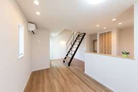 お部屋の形が独特でも、有意義な空間を作ることが出来るのです。