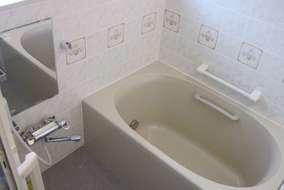 浴室施工後 最新の設備で浴室、トイレが快適空間に!