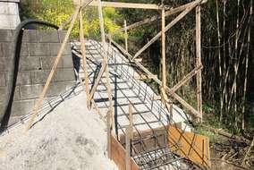 階段を作るので鉄筋を組みました