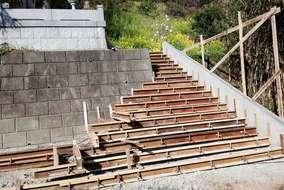 階段の枠入れ