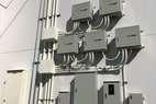 49,9kwのインバータ 直流で発電した電気を交流に変換。